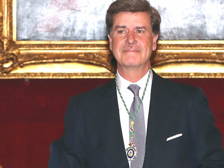 ¿Irá Cayetano Martínez de Irujo al bautizo de la hija de los duques de Huéscar? Él responde tajante