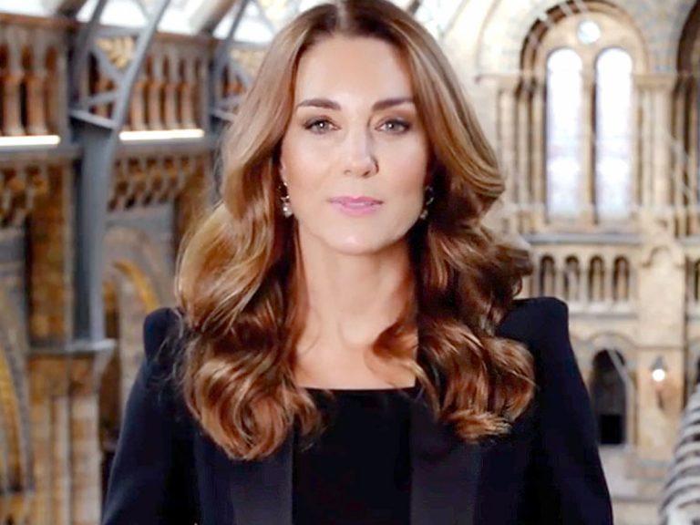 Kate Middleton, una improvisada presentadora de informativos en el museo