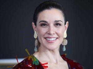 Este es el tratamiento estrella de Raquel Sánchez Silva para su rostro