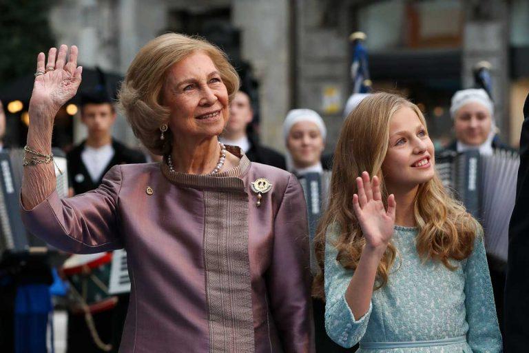 La Reina Sofía acalla los rumores: sí asistirá a los Premios Princesa de Asturias