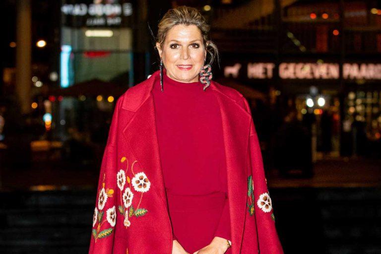 Máxima de Holanda se marca un «Letizia» en rojo con moda española