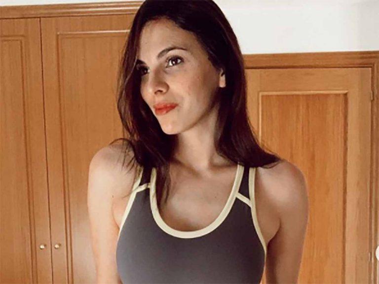 El look con el que Irene Rosales demuestra que el chándal de punto es la prenda más cómoda y estilosa