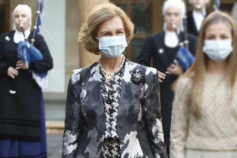 La Reina Sofía: ejemplo de elegancia, originalidad y saber estar en tiempos difíciles