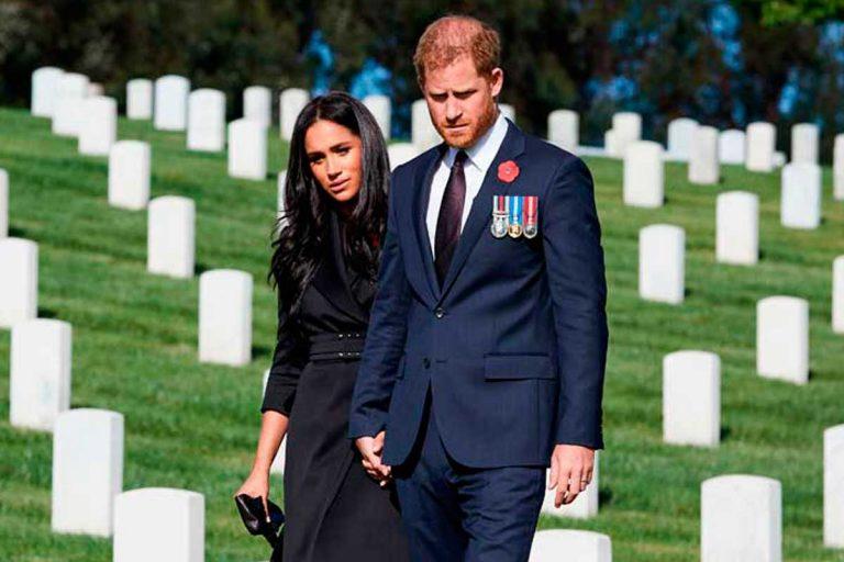 Las imágenes que confirman la profunda soledad de Harry y Meghan
