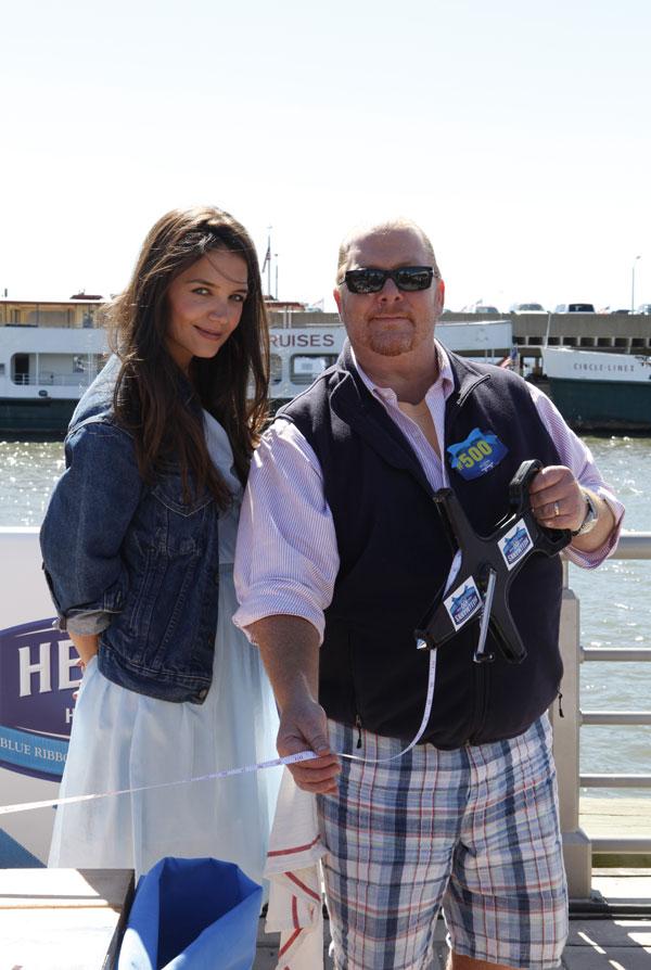 Katie Holmes y el chef Mario Batali