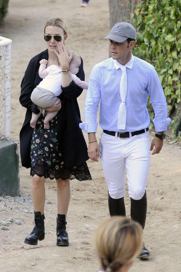 Marta Ortega, Sergio Álvarez y su hijo Amancio