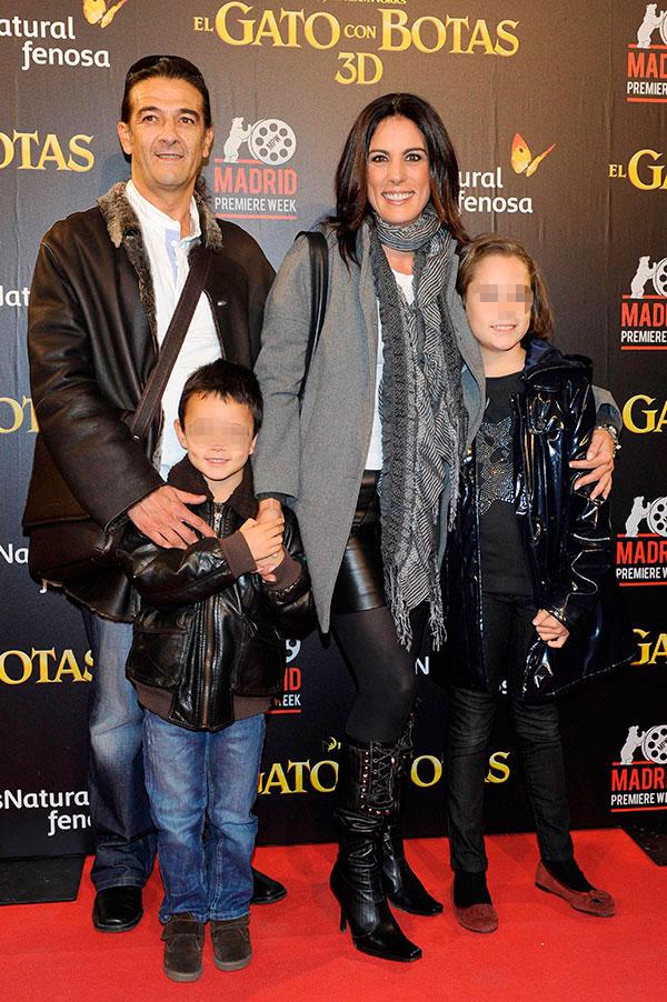 Alicia Senovilla y familia