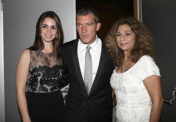 Antonio Banderas con Lolita y Elena Furiase