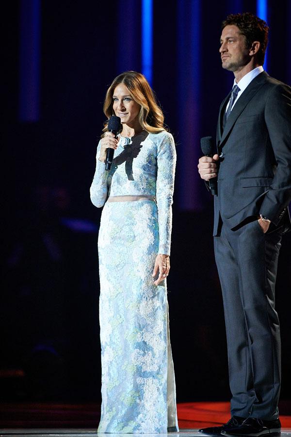 Sarah Jessica Parker y Gerard Buttler actuaron como maestros de ceremonias