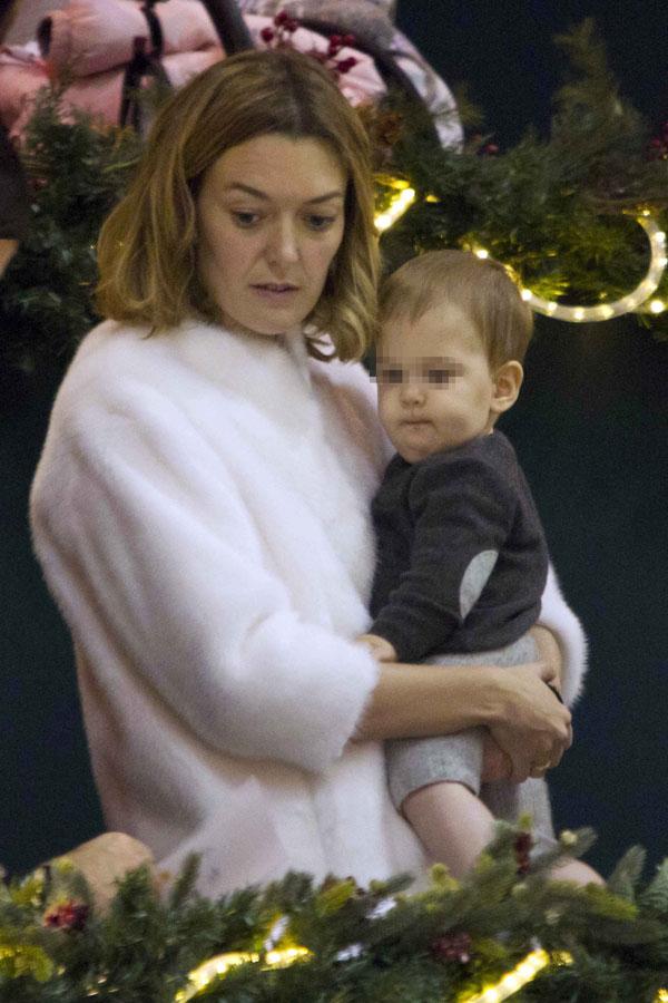 Marta Ortega con su hijo Amancio