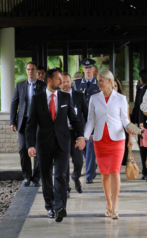 Haakon y Mette-Marit en Yakarta