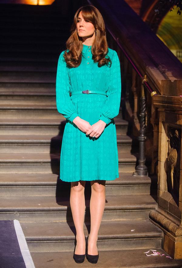 Kate Middleton con un vestido de Mulberry de 1.734 euros