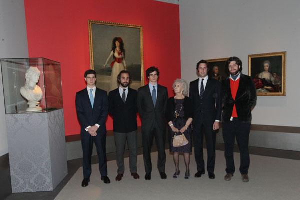 La duquesa de Alba, con sus nietos