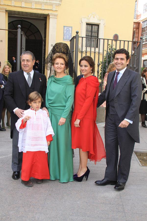 El alcalde de Sevilla y su familia