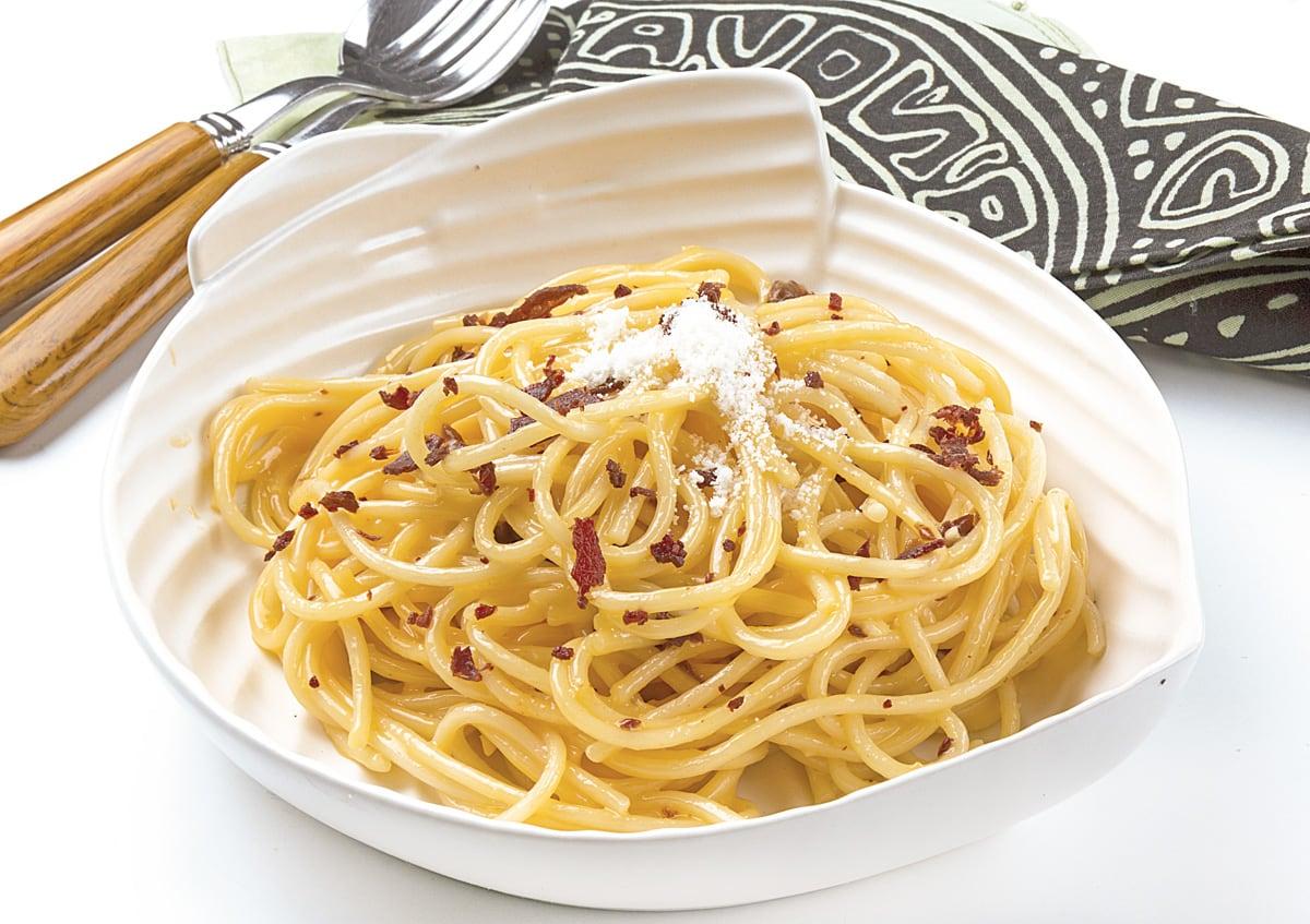 Espaguettis con cecina de vaca