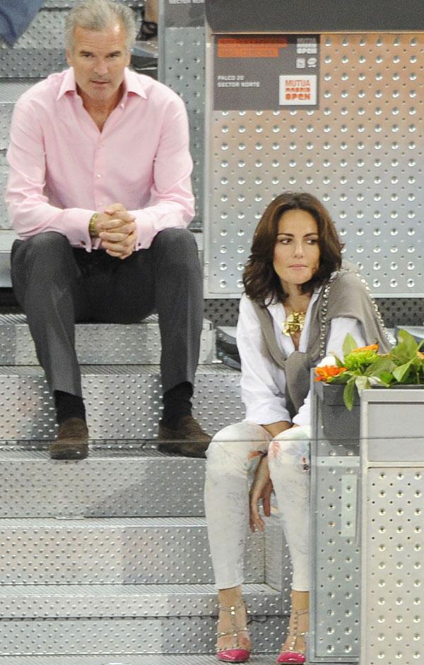Adriana Abascal y Emmanuel Schreder en la Caja Magica