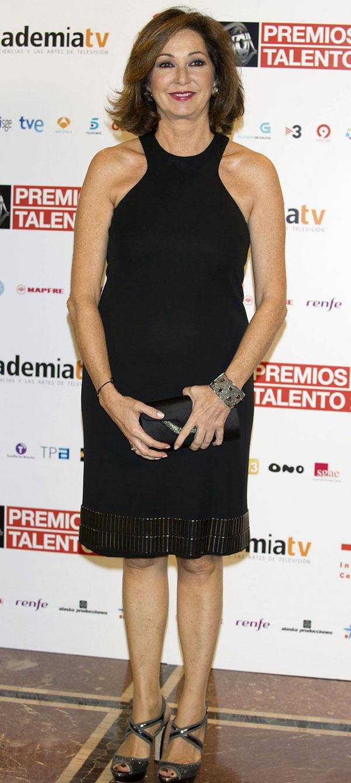 Ana-Rosa-entrego un premio Talento