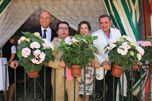 Ana Rosa Quintana con Juan Muñoz y Carlos Herrera