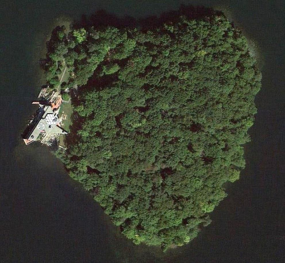Angelina Jolie isla