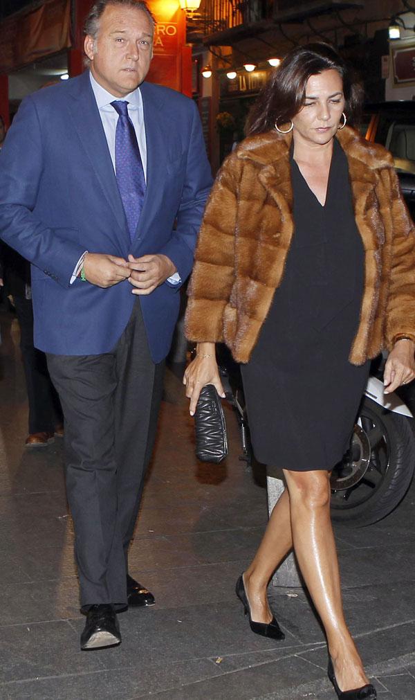 Pepe Barroso y Mónica Silva en la fiesta del 70 cumpleaños de José María García en El viejo Madrid