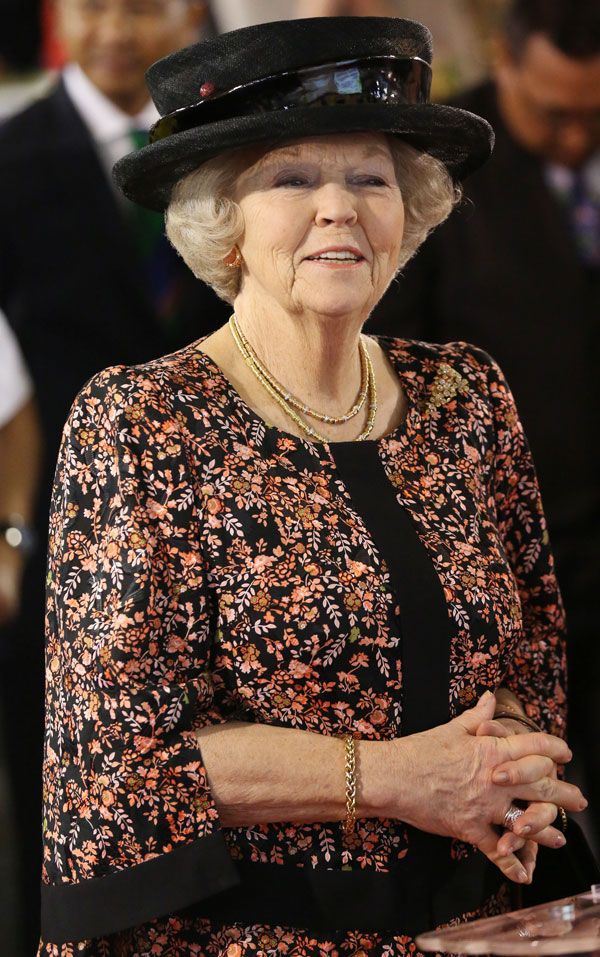Beatriz-de-Holanda abdica
