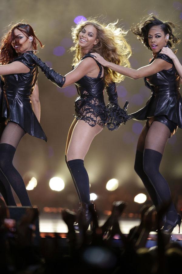 Beyoncé en el show de la Super Bowl 2013