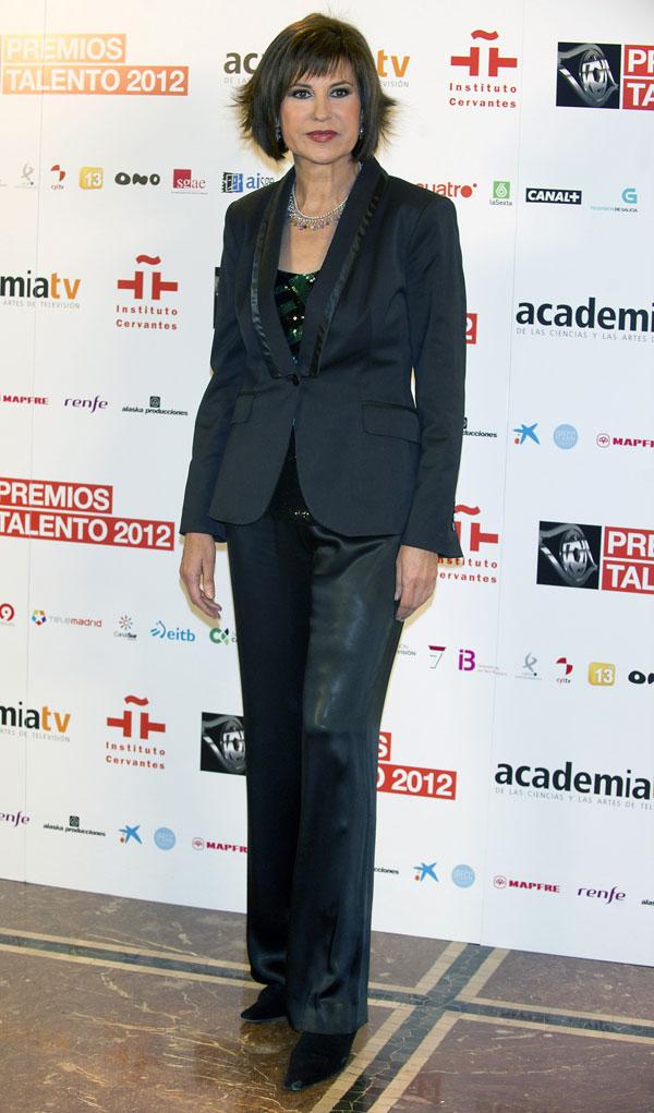 Concha-Garcia-Campoy-presento los premios Talento