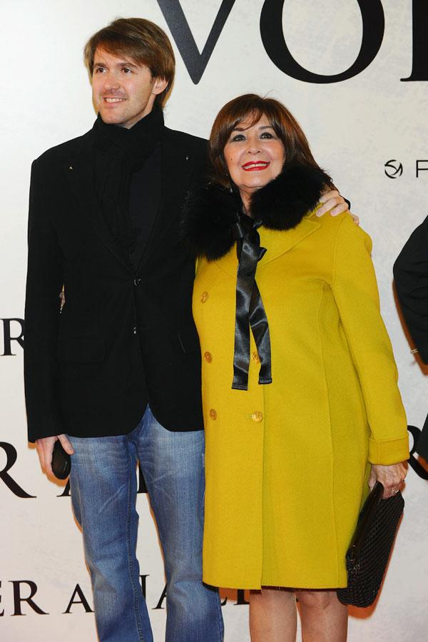 Concha Velasco con su hijo Manuel