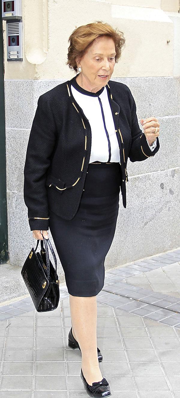 La duquesa de Franco en Madrid el día del 30 cumpleaños de Margarita Vargas