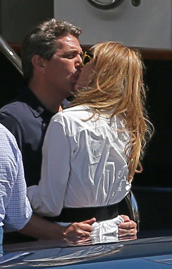 Elle Macpherson y Jeffrey Soffer de crucero en Niza
