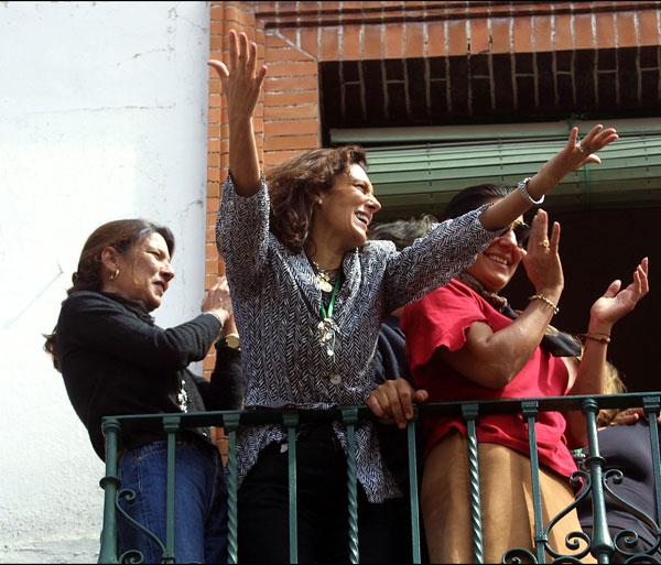 Carmen y Belén Ordóñez en la Semana Santa de Sevilla en 2002