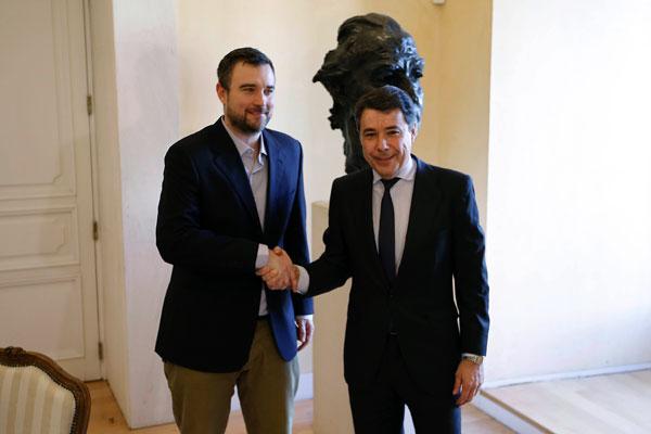 Esteban-Crespo nominado al Oscar con Ignacio González, presidente de la Comunidad de Madrid
