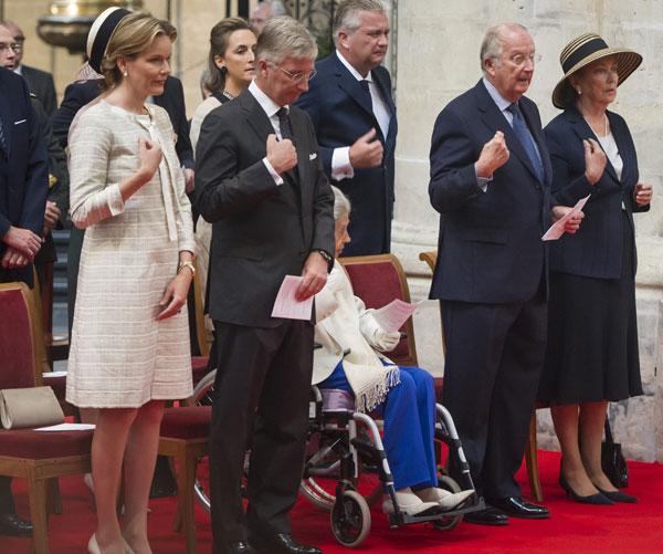 La Familia Real  belga, en Bruselas, en el homenaje al rey Balduino en el XX aniversario de su fallecimiento