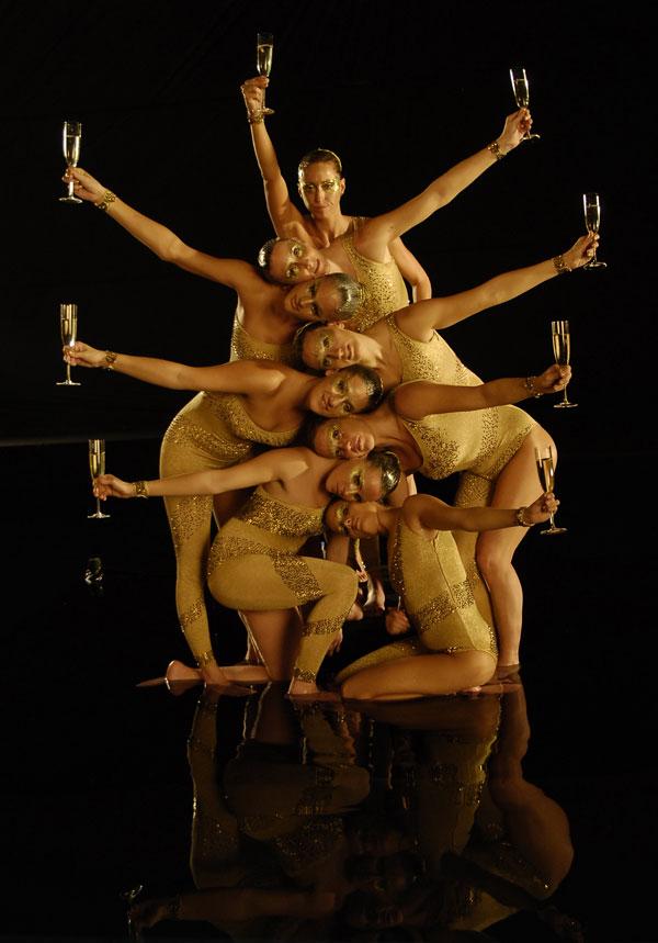 2008-y-2009-gemma-mengual-y-las-chicas-de-la-natacion-sincronizada