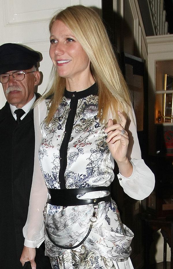 Gwyneth Paltrow saliendo del Mark Club de Londres