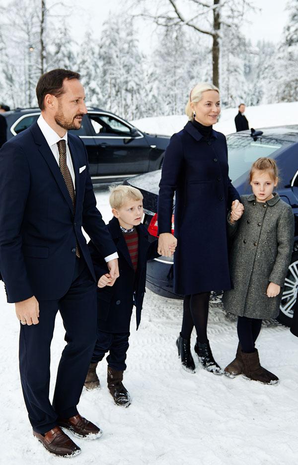 Haakon-y-Mette-Marit-con sus hijos Ingrid Alexandra y Sverre