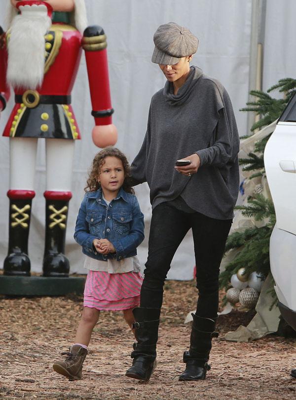 Halle Berry de compras con Nahla