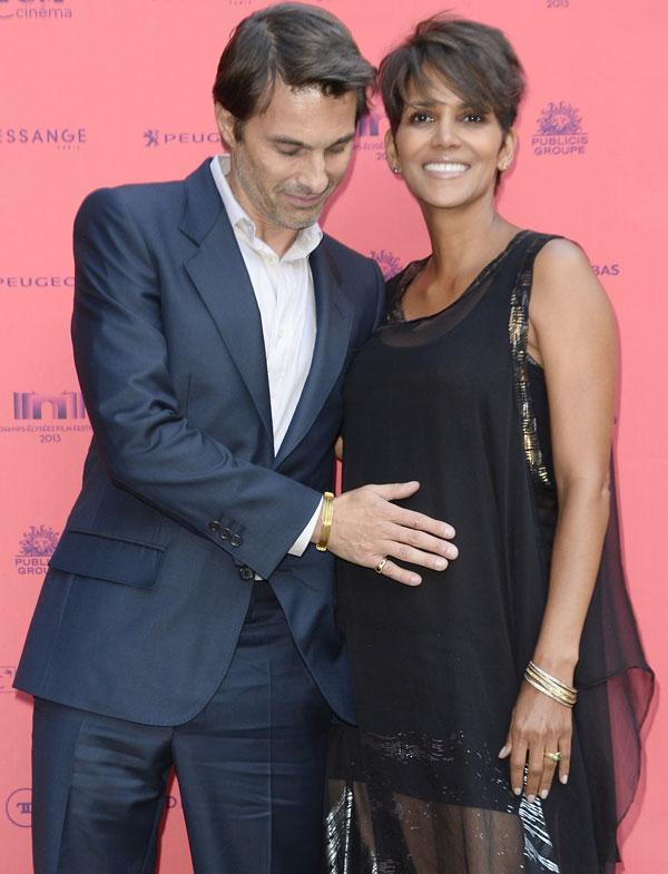 Halle Berry y Olivier Martinez en París