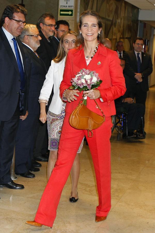 Infanta-Elena ayer en el Comité Paralímpico Español