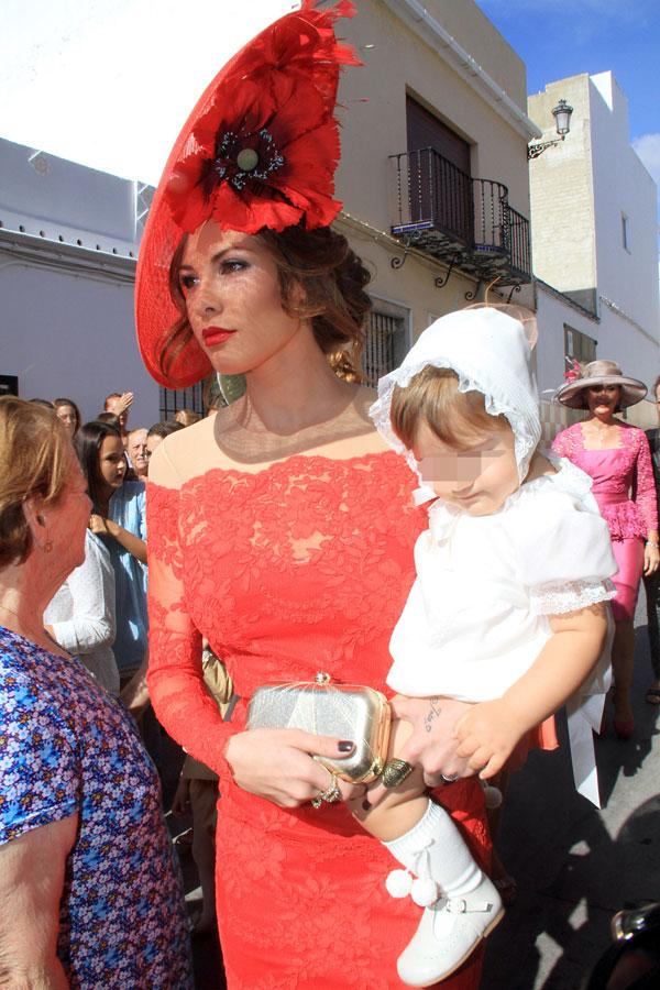 Jessica Bueno y su hijo, Francisco Rivera, invitados a una boda en Los Molares