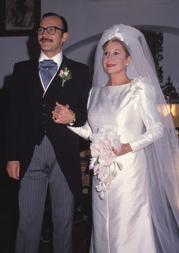 Lina Morgan y José Coronado en la serie de televisión 'Compuesta y sin novio' en 1990