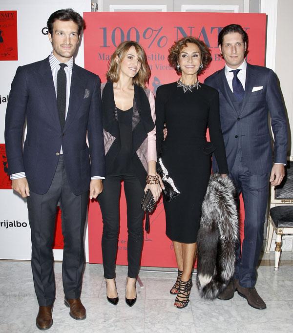 Rafael Medina y su mujer, Laura Vecino, Naty Abascal y Luis Medina en la presentación del libro '100% Naty' en el hotel Villamagna de Madrid