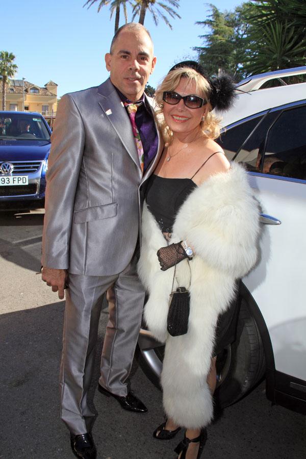 Maria Jesús Grado y marido invitados a la boda de Victor Janeiro y Beatriz Trapote