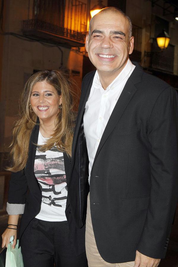 El periodista Nacho Abad y su mujer en la fiesta del 70 cumpleaños de José María García en El viejo Madrid