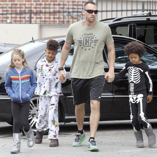Heidi Klum lleva a sus hijos a desayunar en pijama y disfrazados ... 5b0b6a2b356