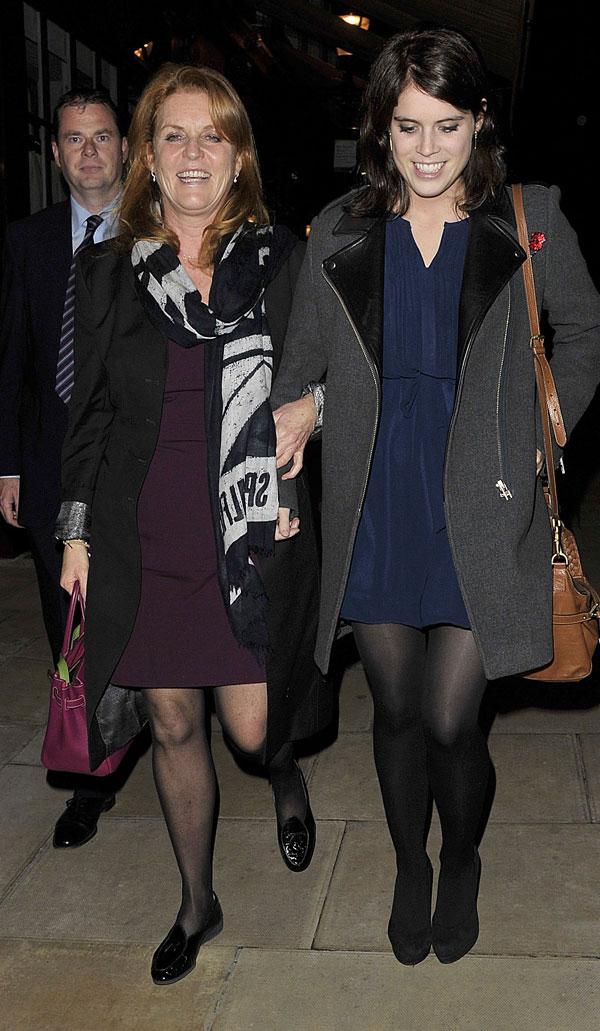 Sarah Ferguson y la princesa Eugenia, como dos amigas en Londres