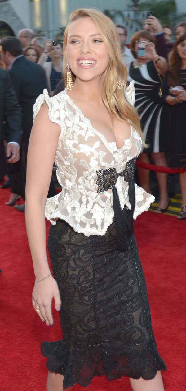 Scarlett-Johansson embarazada