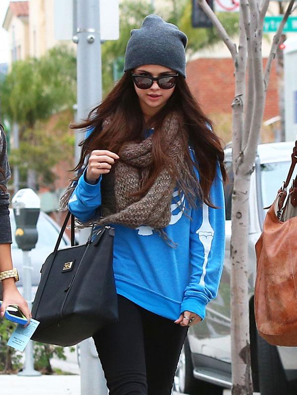 Selena-Gomez-en Beverly Hills