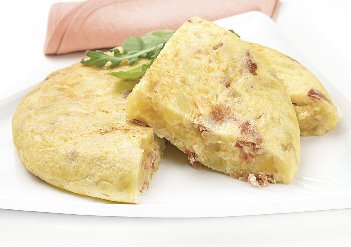 Tortilla con jamón y queso
