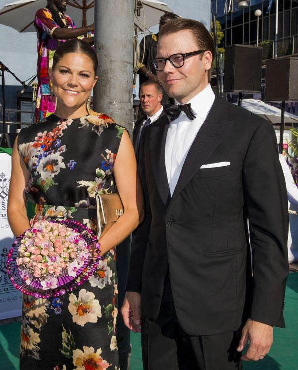 La princesa heredera, Victoria de Suecia, y su marido, Daniel Westling, en los premios Polar de Estocolmo, los Nobel de la Musica